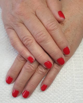 Un joli Rouge de printemps 🥰❤ Pose de vernis semi-permanent 💅